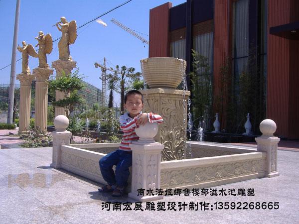河南宏展雕塑环境设计